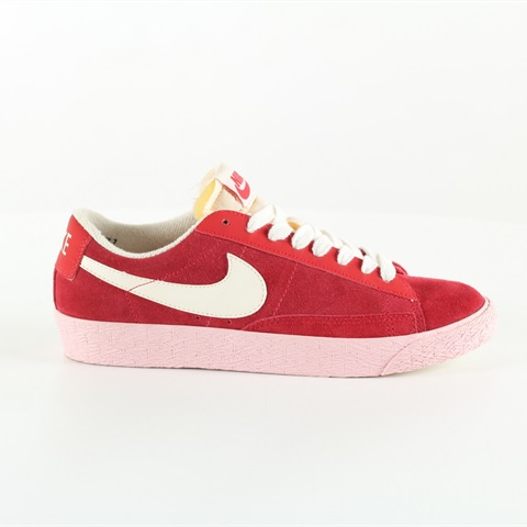 W SCARPA BLAZER LOW SUEDE RED NIKE