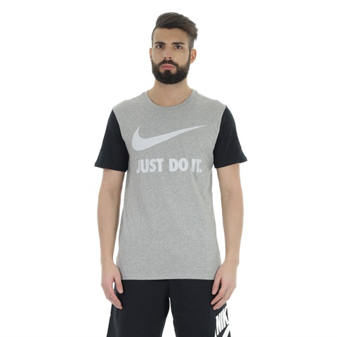 T-SHIRT SWOOSH GRAPHIC UOMO NIKE