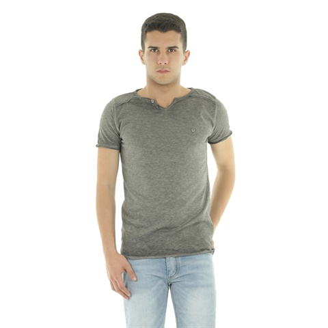 T-SHIRT SCOLLO BOTTONCINI  FIFTY FOUR